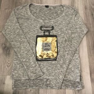Graphic Long Sleeve Top -